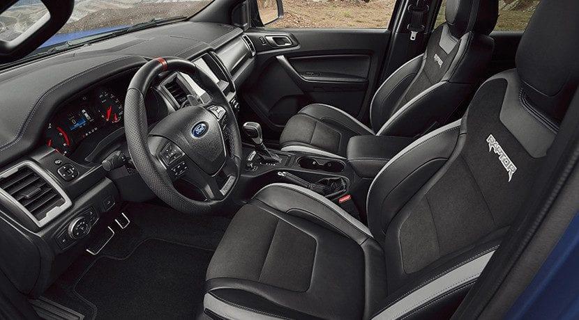 cómo limpiar el interior del auto